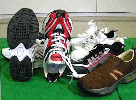 現場に残された靴跡と同じ型の靴