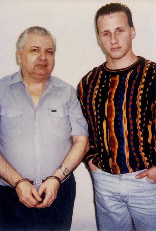 (左)ゲイシーと(右)ジェイソン・モス