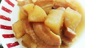 トントロ(ネック)と大根の煮物