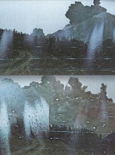 撮影者に火山灰が迫ってくる連続写真