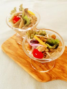 鶏牛蒡きのこの蕎麦サラダ☆クミン風味