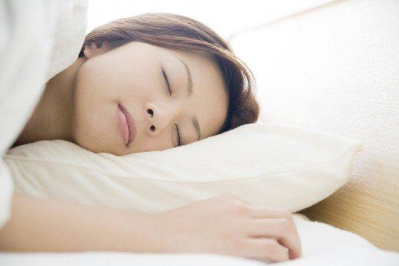 しっかり睡眠を取る