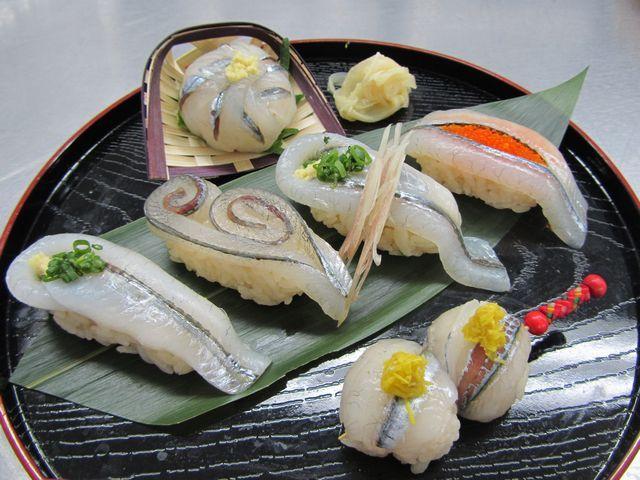 サヨリの細工寿司