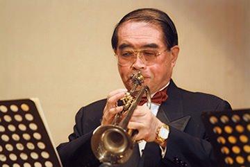 松本義峯さんの画像