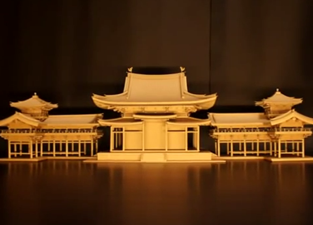 ダンボールで作った平等院鳳凰堂