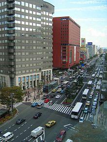 福岡中央区天神2丁目渡辺通り