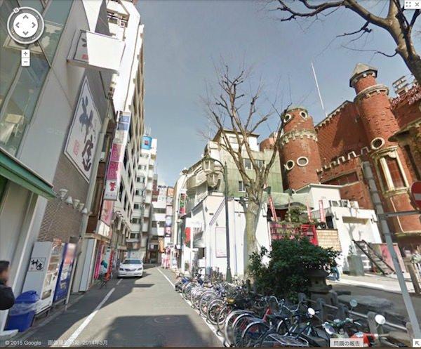 昼の歌舞伎町は幾分平和のようです。