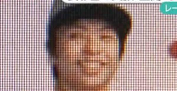 笑顔で表彰台に立つ安木大輔容疑者4