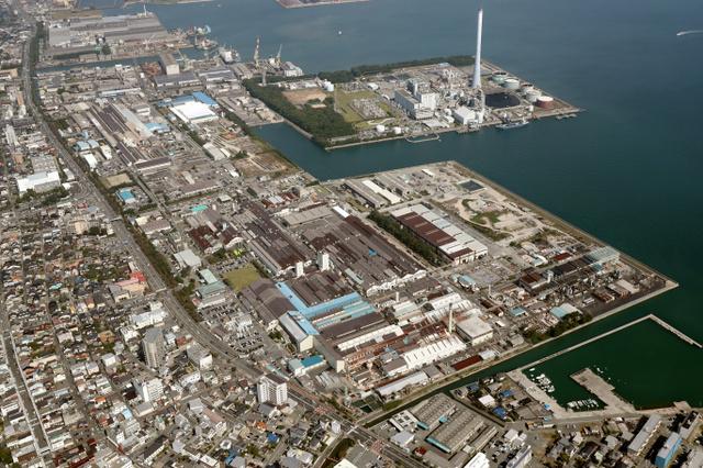 アルミや銅製品をつくる神戸製鋼所長府製造所