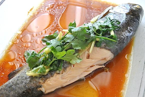 【たった5分でできる】中国の家庭料理「蒸魚(ツェンユイ)」