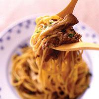 まいたけと牛肉のこってりしょうゆスパゲティ