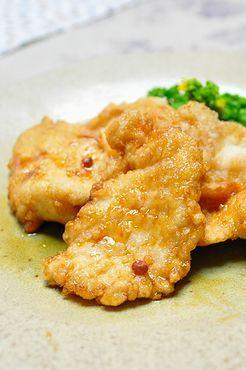鶏むね肉のクリスピー揚げ