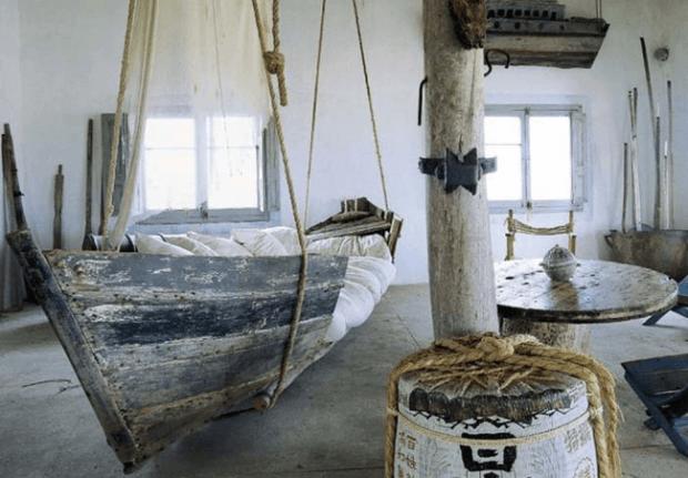 小さな小船ベッド
