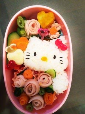 キティちゃんのキャラ弁