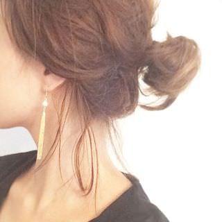 簡単まとめ髪 シニョン